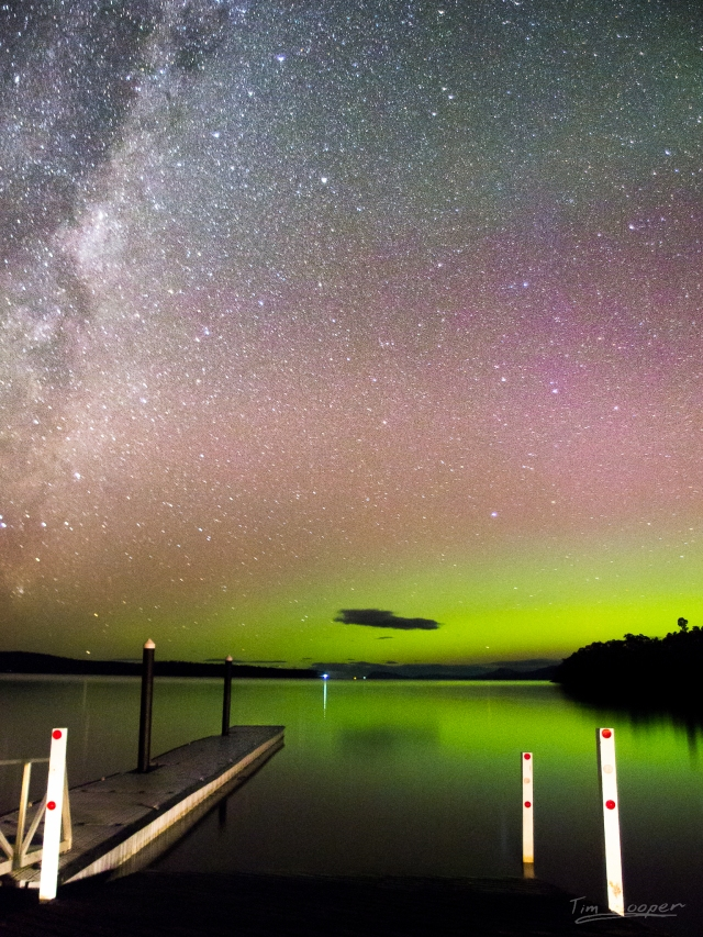 The aurora australis as seen this week from Tasmania. Credit: Tim Cooper/flickr